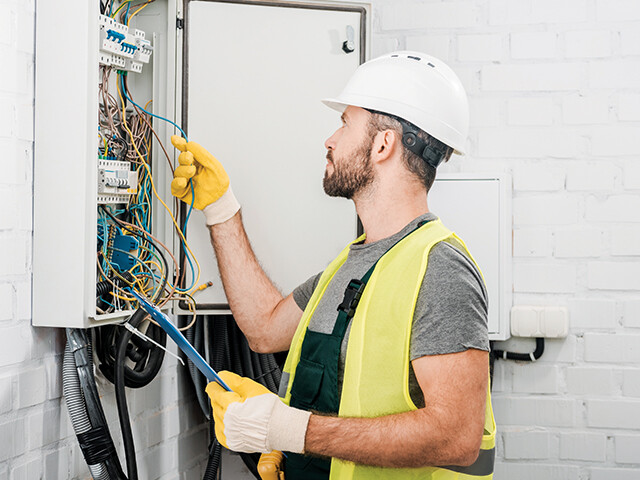 Skilled Electricians